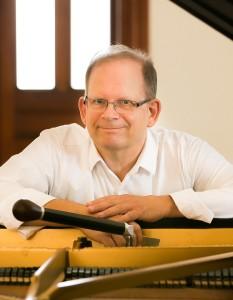 Allan Sutton, technicien accordeur